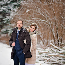 Wedding photographer Ekaterina Manaenkova (lapick87). Photo of 21.01.2018