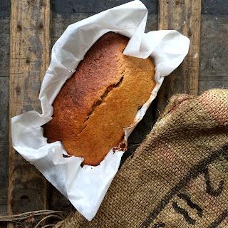 BANANA CAKE – STARRING ONLY 5 INGREDIENTS.