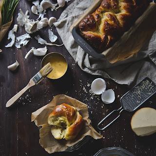Garlic, Chives, & Smoked Gouda Brioche.