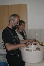 Photo: Kdo umyje nádobí po večeři?