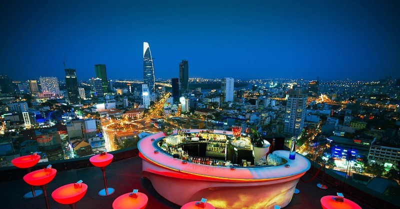Glow rooftop bar