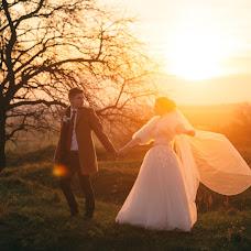 Wedding photographer Bogdan Danilyuk (Prestigeos). Photo of 08.11.2017