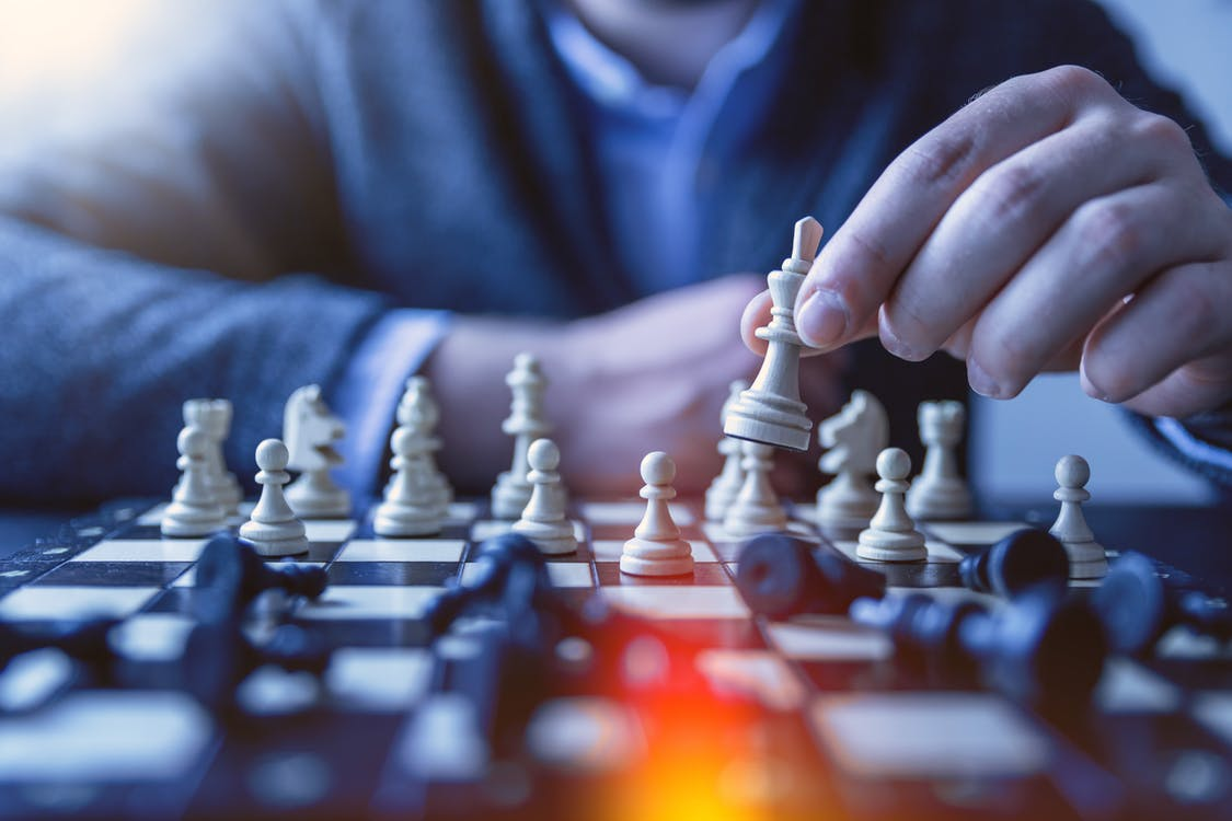 chess players using advice for the entrepreneur