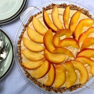 Raw Peach Cream Pie