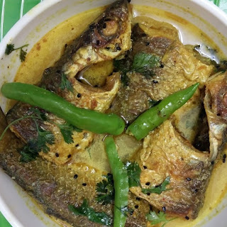 Shorshe diye Parshe Macher Jhal - Mullet fish curry in mastard gravy.