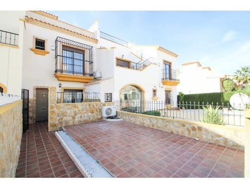 Villamartin Townhouse: Villamartin Townhouse for sale