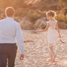 Wedding photographer Anna Zavadskaya (lapedrera). Photo of 10.04.2016