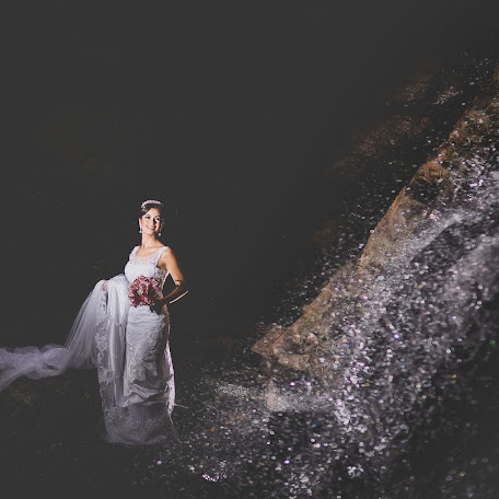 Wedding photographer Jullius Nascimento (julliusnascim). Photo of 03.06.2015