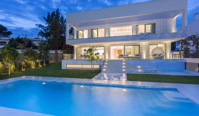 Chalet avec terrasse Estepona