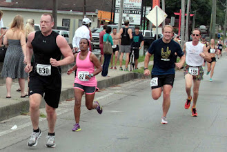 Photo: 630  Randy Naylor, 876  Tsige Tadesse, 262  Peter Dowling, 165  Ron Christen