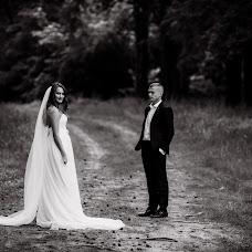 Wedding photographer Yuliya Ryzhaya (UliZar). Photo of 24.06.2018