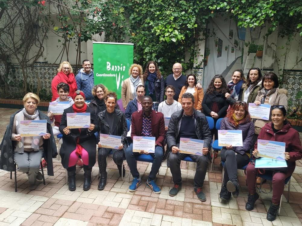 Entregados los diplomas del curso de monitor de ocio y tiempo libre de Barrio vivo