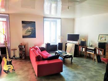 appartement à Arpajon-sur-Cère (15)
