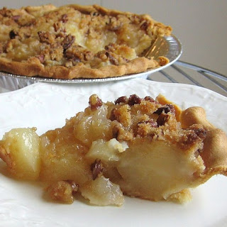 Easy Pear Streusel Pie