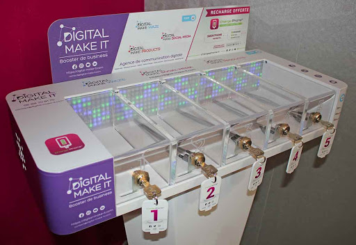 station de recharge commerces marseille digital makit agence communication digitale