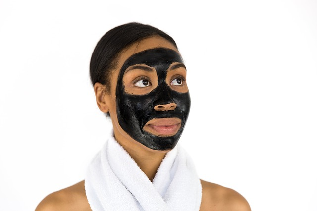 face-mask-2578428_640.jpg