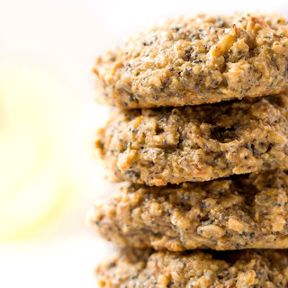 Lemon Poppy Seed Quinoa Breakfast Cookies