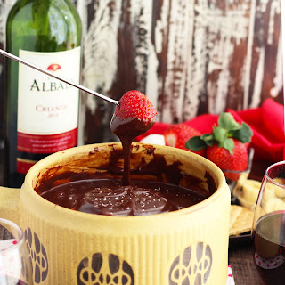 Red Wine Dark Chocolate Fondue Dip