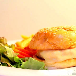 Chicken Burger.