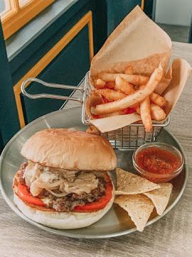 Burger Patty 飽嗝佩蒂