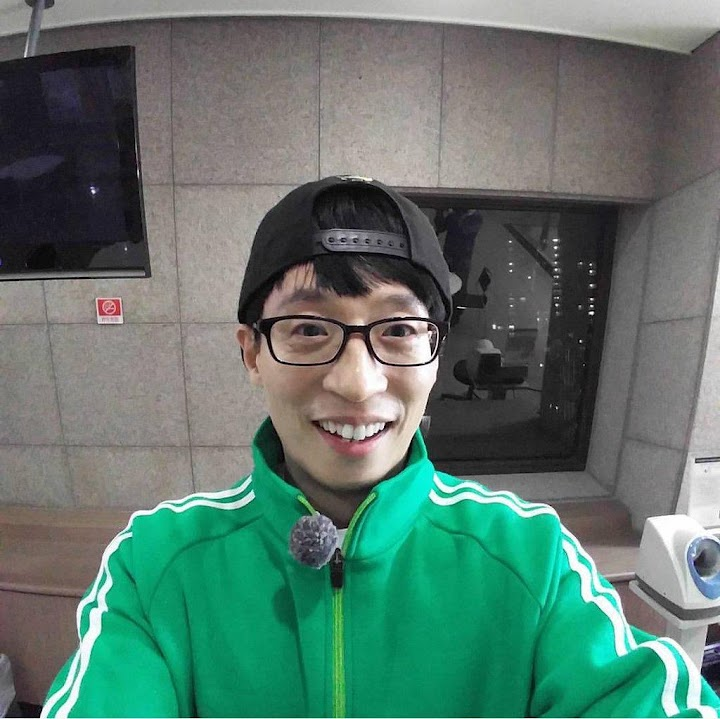 Yoo Jae Suk opens his first SNS account with temporary Instagram