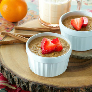 Baked Almond Butter and Apricot Oatmeal.