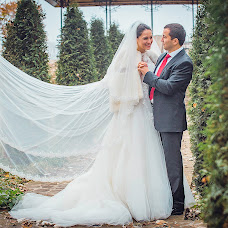 Wedding photographer Alim Kazharov (WEDLIGHTS). Photo of 19.11.2014