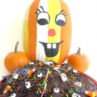 Best Ever Sweet & Salty Halloween Bark