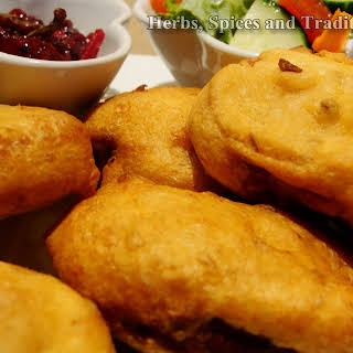 Bread Pakoda/ Bread Fritter.