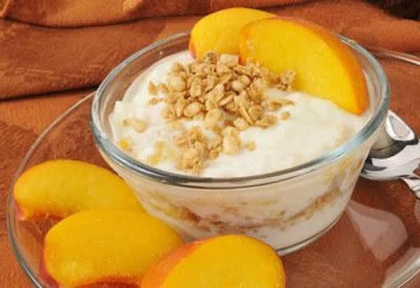 Peachy Granola Yogurt Parfait Recipe