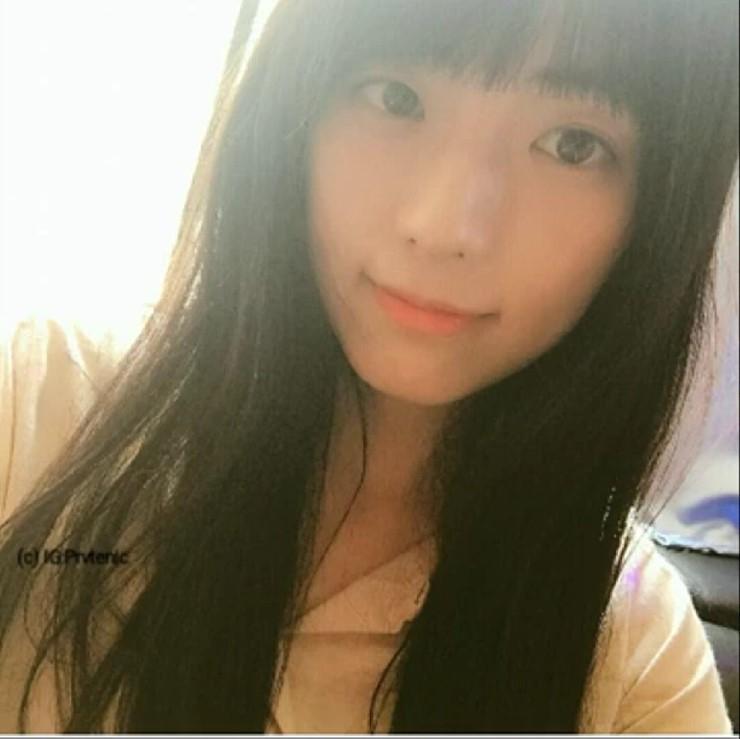 Jisoos-older-sister-3