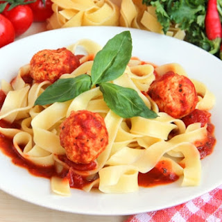 Fettuccine With Meatballs Of Beef