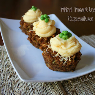 Mini Meatloaf Cupcakes (With Vegetarian Option).