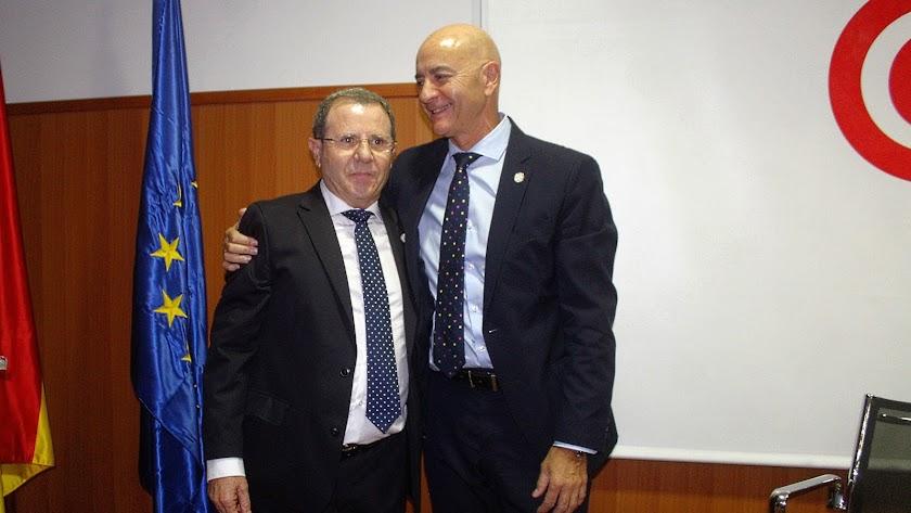 Jerónimo Parra y Diego Martínez, ayer, en la Cámara de Comercio.