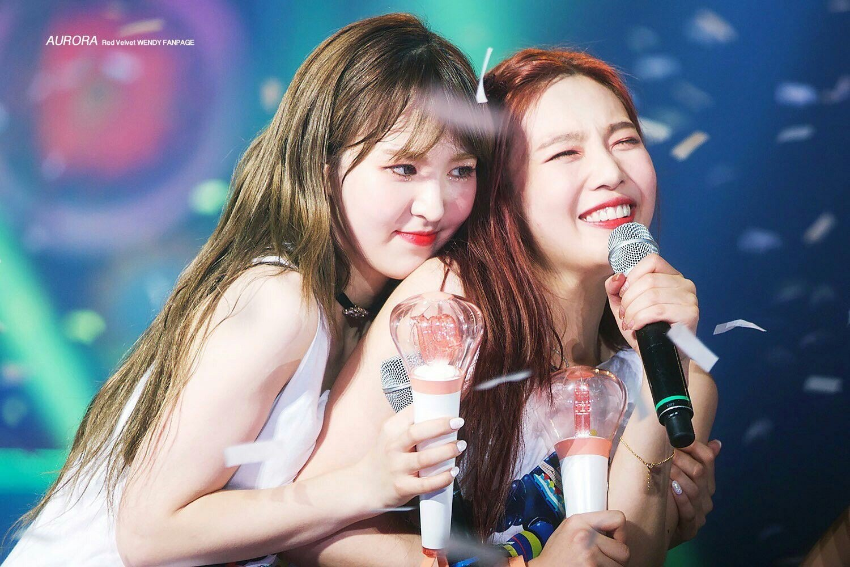 Red Velvet Wendy and Joy