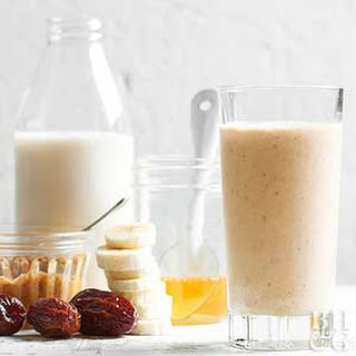 Almond Date Smoothie Recipes.