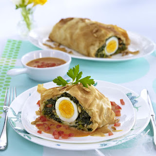 Spinach Strudel with Tomato Cream