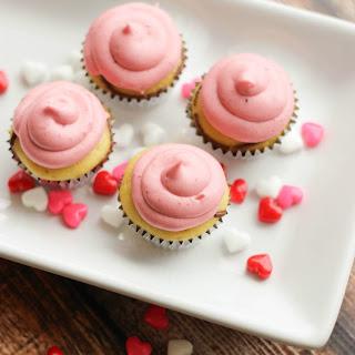 Nutella Swirl Mini Cupcakes with Raspberry Cream Cheese Frosting