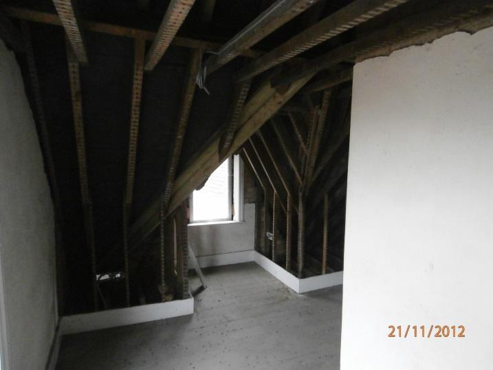 L:\Empty Homes\PROPERTIES\SOUTH SOMERSET\Leased Properties\58, West Henford Yeovil\2012_11_21\20121121_02.JPG