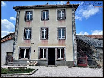 maison à Saint-Mary-le-Plain (15)