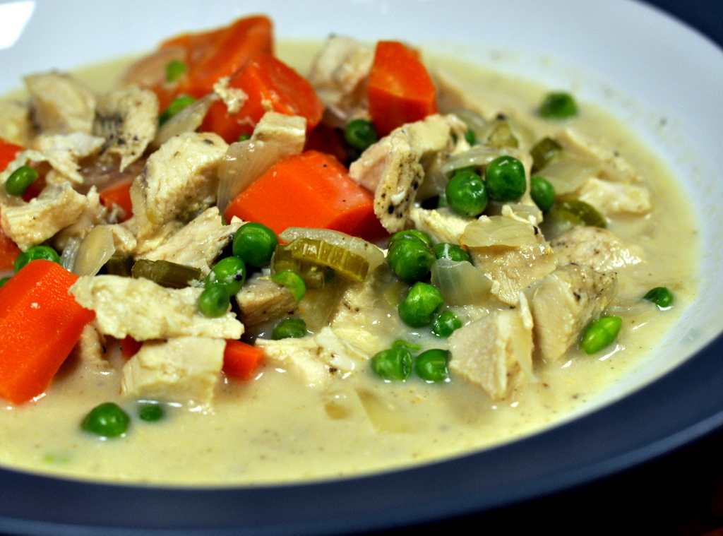 Creamy Slow Cooker Chicken with Vegetables