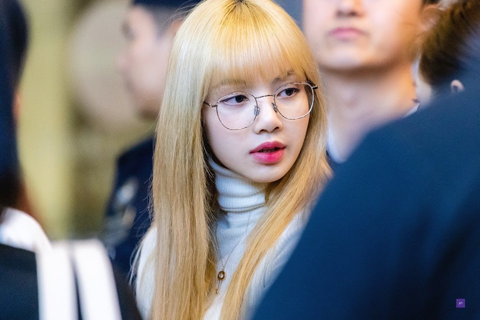 lisa glasses 6