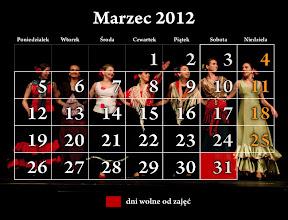 Photo: marzec 2011 - kalendarz Studio Tańca NTF; na zdjęciu grupa zaawansowana flamenco Nadii Mazur rozpromieniona po udanym występie :) 31 MARCA KONCERT UCZNIÓW SZKOŁY NTF :)