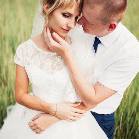 Wedding photographer Evgeniy Popov (EvgeniyPopov). Photo of 01.10.2017