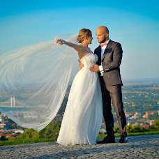 Wedding photographer Rafał Niebieszczański (RafalNiebieszc). Photo of 11.10.2017