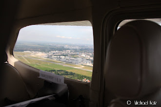 Photo: Left downwind runway 27 på Bremen
