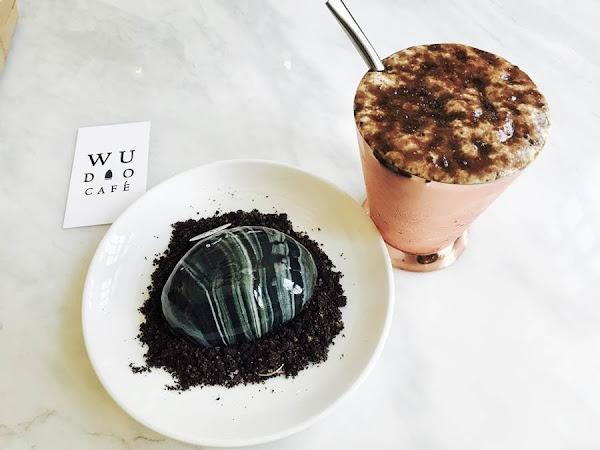 台南美食-熨斗目花珈琲珈哩優雅下午茶鏡面蛋糕女狼花高高的牛肉塔火鍋台南最美咖啡廳之一