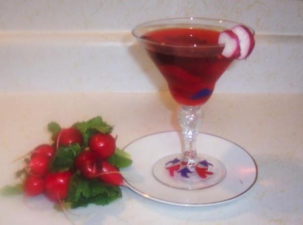 Garnish with your choice of 1.a radish2.a lemon slice3.a maraschino cherryUse 1 or all...