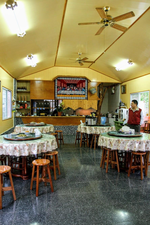 餐廳一景,我們當天頗多人的,這是在早餐開始前的巡場XD