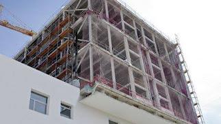 Edificio construido con yeso laminado.